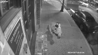Tourist attack in New Orleans - Video