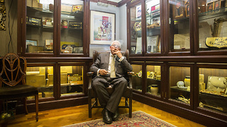 World's Oldest Cigar Seller: STORE CRAZY - Video