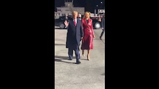 Total Class!!! The best President and First Lady in the history of the USA.