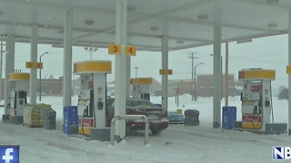 Green Bay gas station robbery suspects arrested - Video