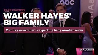 Walker Hayes' big family | Rare Country - Video