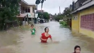 Tropical Storm Kai-tak Brings Severe Flooding to Philippines - Video