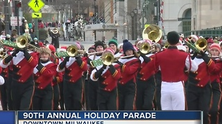 Thousands gather for the 90th Annual Milwaukee Holiday Parade - Video