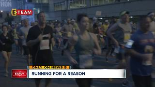 Akron Marathon relay team running to bring attention to homeless veterans - Video