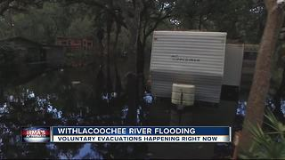 Withlacoochee River Rising, Flooding Homes - Video