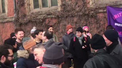 Students Gather in Support of Strikers at Sheffield University