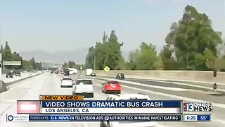 Video shows bus crash on freeway - Video