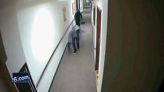 Police looking for two theft suspects caught on camera - Video