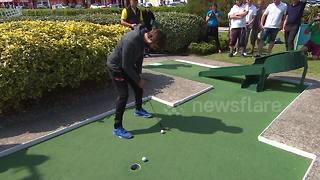 Golfers tackle obstacles at this year's World Crazy Golf Championships - Video
