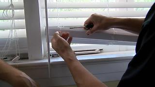 How to trim window blinds | House Calls with James Tully - Video