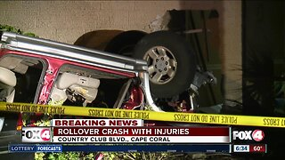 Car crashes into Cape Coral home