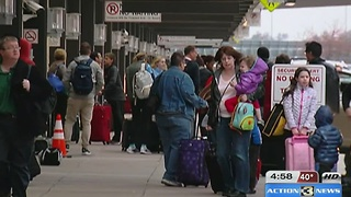 Record breaking Thanksgiving travel hits Omaha - Video
