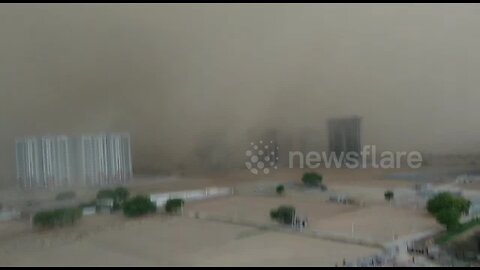 Massive dust storm ploughs through city in northern India