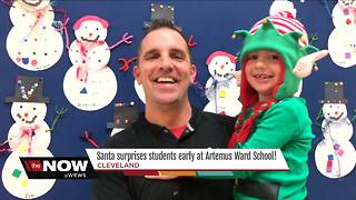 Santa makes a surprise visit at a school in Cleveland - Video