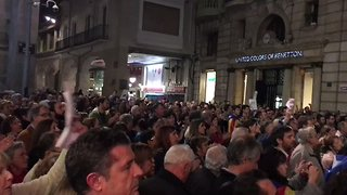 Thousands of Catalans Protest Jailing of Leaders - Video