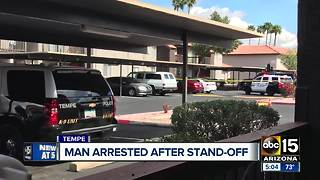 Man arrested after stand-off in Tempe - Video