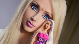 Barbie Doll Convention - Video