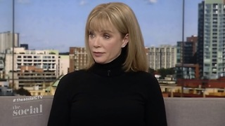 Lauren Holly: My Friends Told Me To Keep My Mouth Shut About Harvey Weinstein - Video