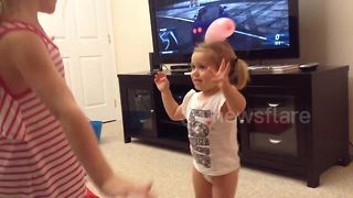 Parents capture their little girl's dancing, from baby to toddler - Video