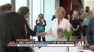 Betsy DeVos makes stops in Kansas, Missouri for 'Rethink School' tour - Video