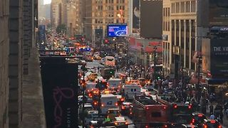 Accident Involving Pedestrians Snarls Traffic Near Penn Station, Madison Square Garden - Video
