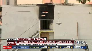 Vacant apartment building catches fire near Stratosphere - Video