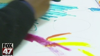 The Yes! Report: Project Art teaches underprivileged kids - Video