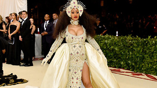 Cardi B's Security BEATS UP Fan During 2018 Met Gala! - Video