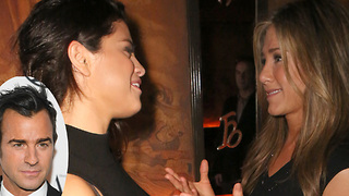 Selena Gomez CONFRONTED By Jennifer Anniston Over Justin Theroux Dating Rumour! - Video