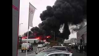 Large Fire at Industrial Estate in Staffordshire - Video