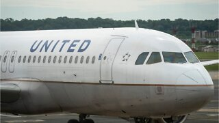 United Airlines To Ban Passengers Who Refuse To Wear Mask