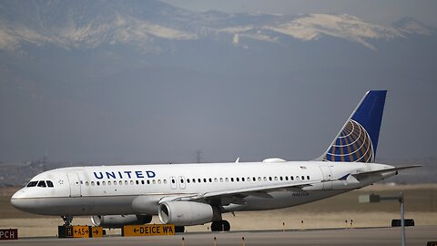 United Airlines Seeks More Federal Aid Following $2.1 Billion Q1 Loss