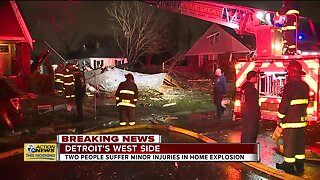 2 people injured in Detroit home explosion