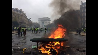 At Least 140 Arrested in Paris as Yellow Vest Protests Continue