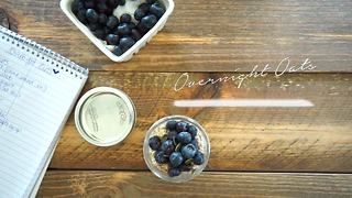 Simply Sweet Overnight Oats - Video