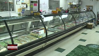 Long lines and lots of sales at grocery stores