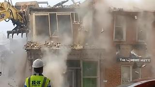 Demolition Crew Knocks Over Wrong Building - Video