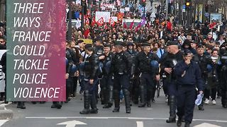 Police violence in France steers talk over solutions