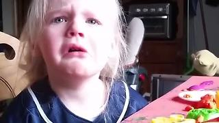 3-year-old tearfully reacts to Detroit Tigers postponing Opening Day