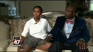 Teacher on leave after boy is forced to stand during Pledge - Video