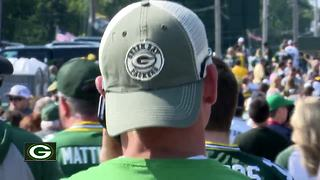 First regular season game at Lambeau Field draws thousands - Video