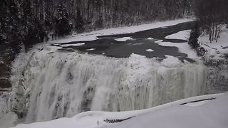 New York's Letchworth Park Waterfalls Freeze Over in Bitter Cold - Video