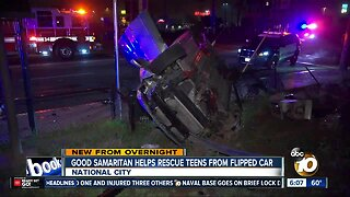 Good Samaritan helps teens after rollover crash