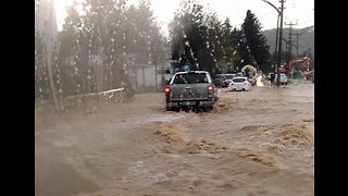 Flash Floods Swamp Drivers in Bodrum