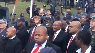 Supporters Greet Former President Zuma After Court Appearance on Corruption Charges - Video