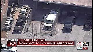 2 Wyandotte County sheriff's deputies shot, conditions unknown - Video