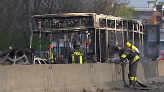 Police Rescue 51 Children After Bus Driver Sets Vehicle on Fire in Italy