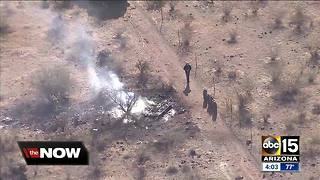 Hot air balloon goes down in Phoenix desert, catches fire - Video