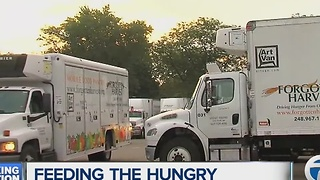 Forgotten Harvest helping feed the hungry during the holidays - Video
