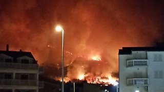 Planes Drop Water on Fires Near Split, Croatia - Video